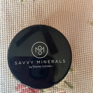 Young Living Savvy Minerals WARM # 3 Foundation